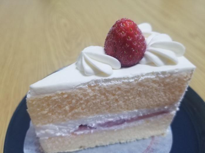 グランスイーツイケダのショートケーキ