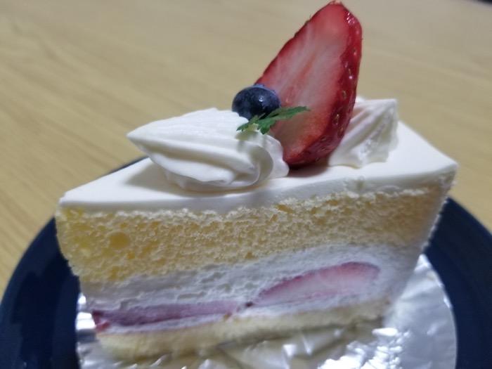 パティスリーラ・シエストのショートケーキ